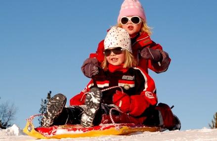 Gdzie na ferie zimowe z dziećmi?